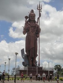 indische Götterstatue - 30 Meter hoch