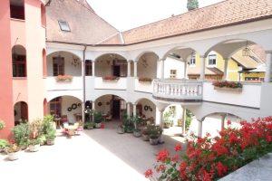 Weinschloss Thaller Innenansicht 2